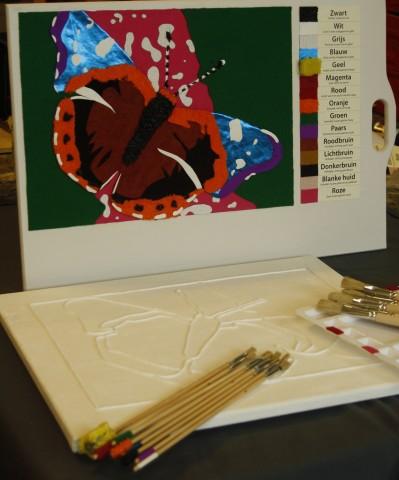 Schilderset Taktila vlinder, geprepareerd paneel, gemerkte kwasten en pallet
