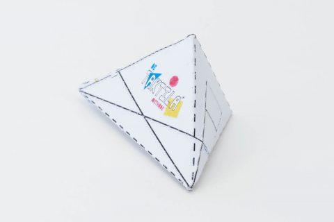 Zijaanzicht 3D model kubes naar verdwijnpunten